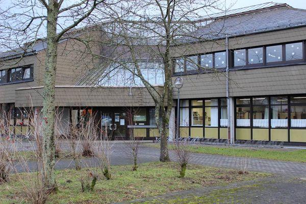 Schulgebäude der Grundschule Winterberg